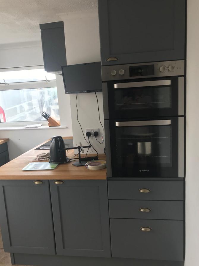 A hand made kitchen installation