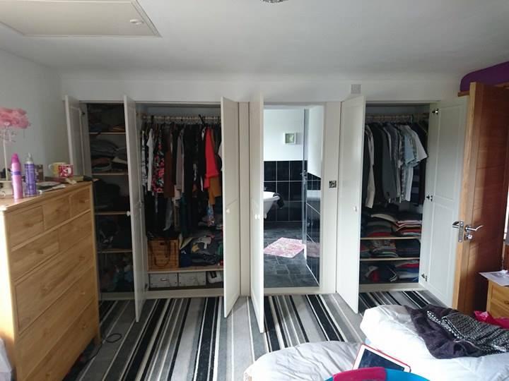 inside of the Liskeard fitted wardrobe