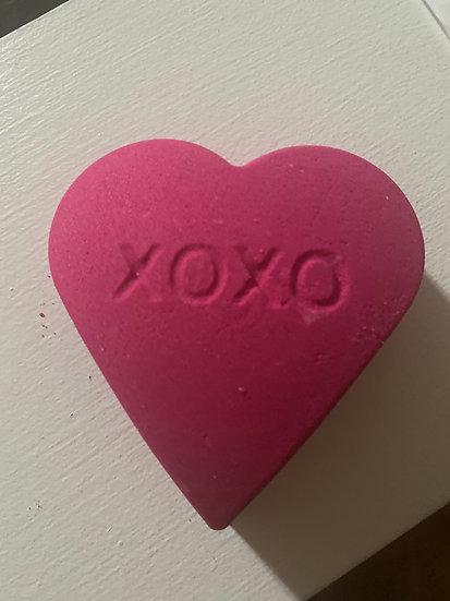 Valentine Large Brhat Bomb