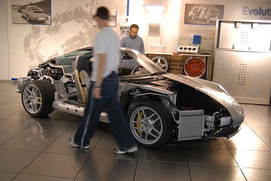 Porsche_W.jpg