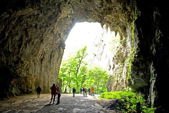 Grotta_0009_W.jpg