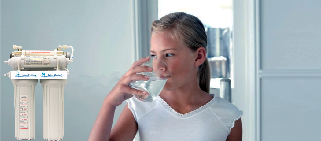 Girl Drinkng Water.png