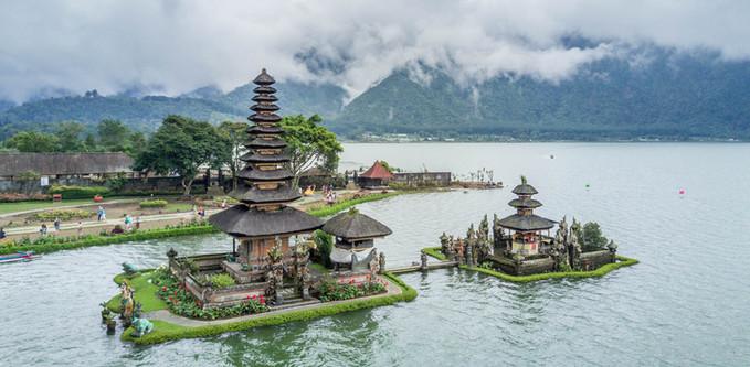 Pura Ulun Danu, Indonesia