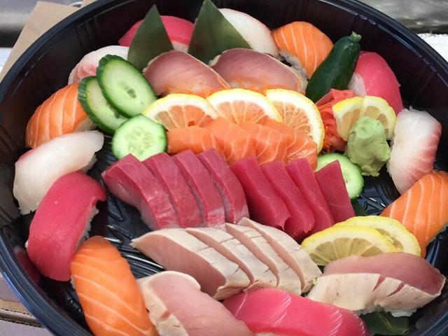 Sashimi and Nigiri Platter