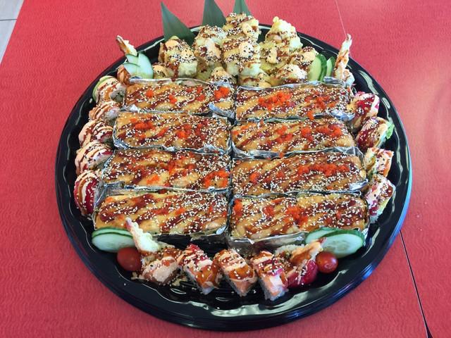 Lion King Platter with Chef Teriyaki Rol