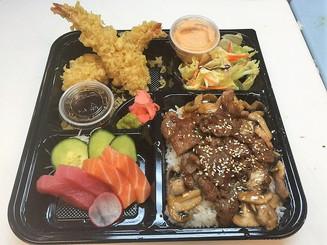 Steak Bento with Sashimi.jpg