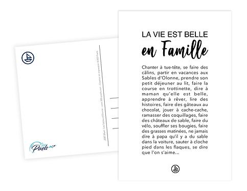 300 Pixels - Carte postale en Famille aux Sables