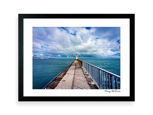 300 Pixels Affiche Photo - Coll. Prissy - Le phare Rouge 2, les Sables d'Olonne