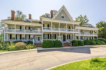 Kent manor inn.jpg