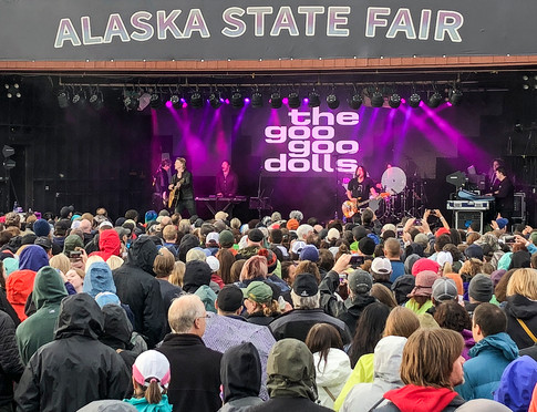 Superstars of the 90s and Aughties set to take the Alaska State Fair by force