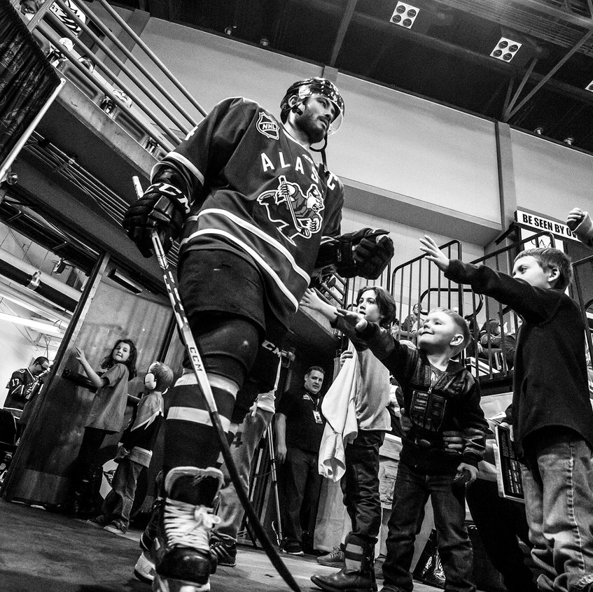 Aces captain Garet Hunt takes the ice for the last time in franchise history - 4.8.17