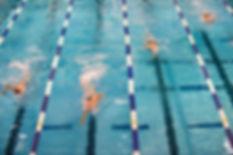 swimming-659903_640 のコピー.jpg