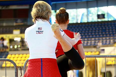 gymnast-2441554_1920 のコピー.jpg