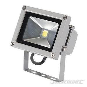 SILVERLINE LED Floodlight 10w 650 Lumen Output