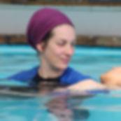 מטפלות רגשיות במים