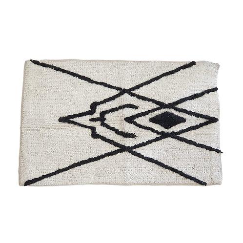 שטיח מקלחת סקנדינבי שחור- לבן