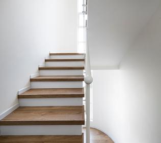 מדרגות יהוד 2.png