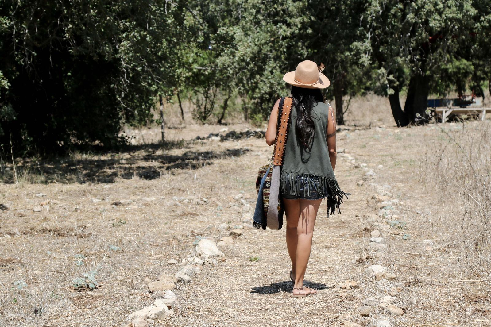הדרך השמאנית של אישה כלבנה