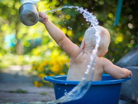 אבולוציה של מים: נוכחות המים בחיי האדם מינקות ועד בגרות