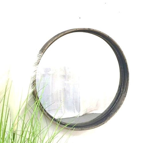 מראה מסגרת במבוק בצבע שחור וינט