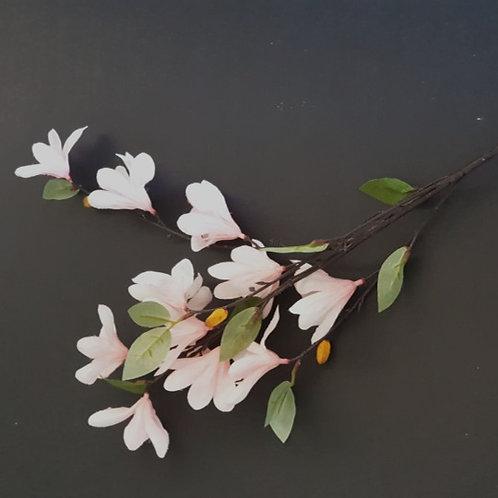 ענף פריחת שקדיה ורוד בהיר - פרחי משי לעיצוב הבית