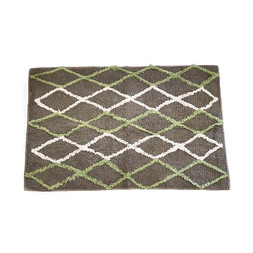 שטיח מקלחת אפור עם מעויינים בלבן וירוק