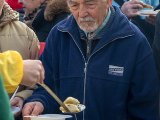 Soup Kitchens and Pantries: Not Just a Way to Volunteer During the Holidays