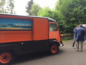 Der SWR-Trödelbus in Imsweiler