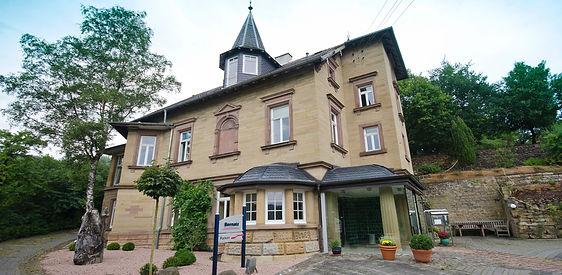 Villa_Bernatz_01.jpg