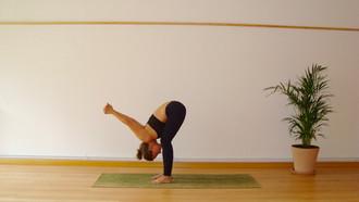 Rutina matutina de Yoga.