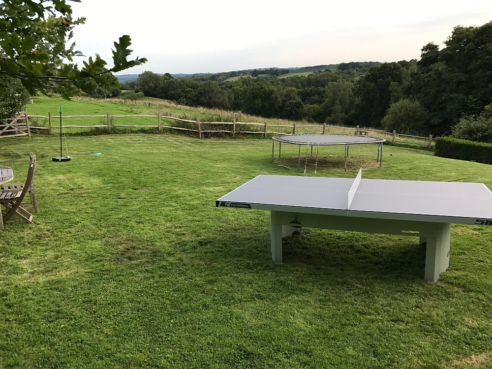Holiday let with table tennis