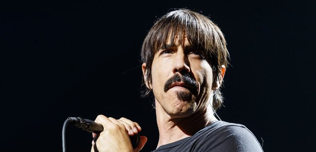 red-hot-chili-peppers-anthony-kiedis-201
