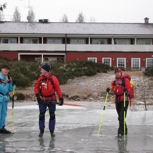 2 Het ijs op achter de Herberg.JPG