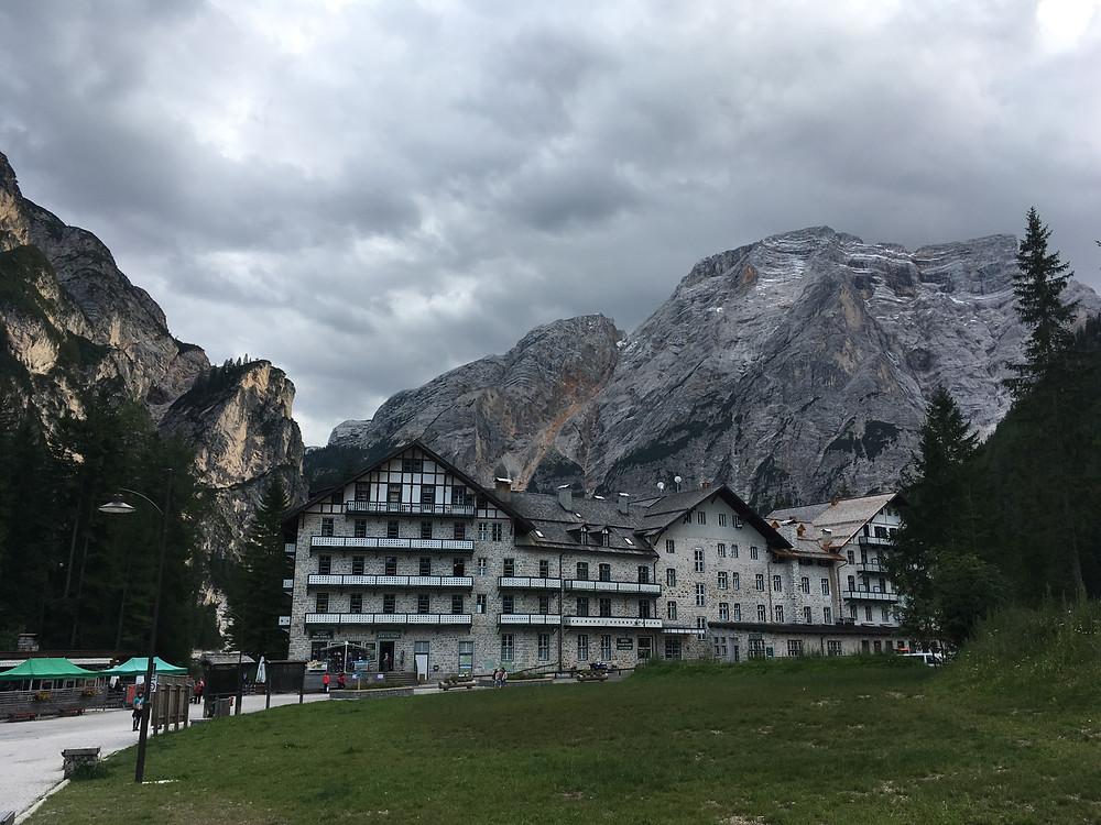 Hotel Pragser Wildsee
