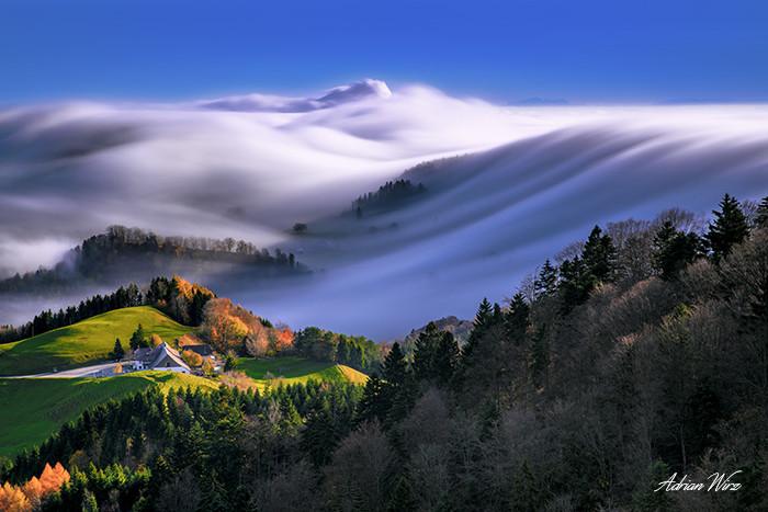 Nebelwelle in der Schweizer Belchenregion