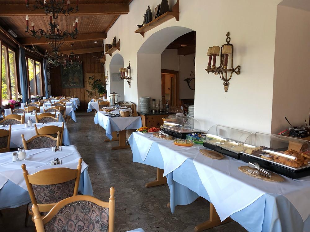 Frühstücksraum im Hotel Vier Jahreszeiten in Berchtesgaden