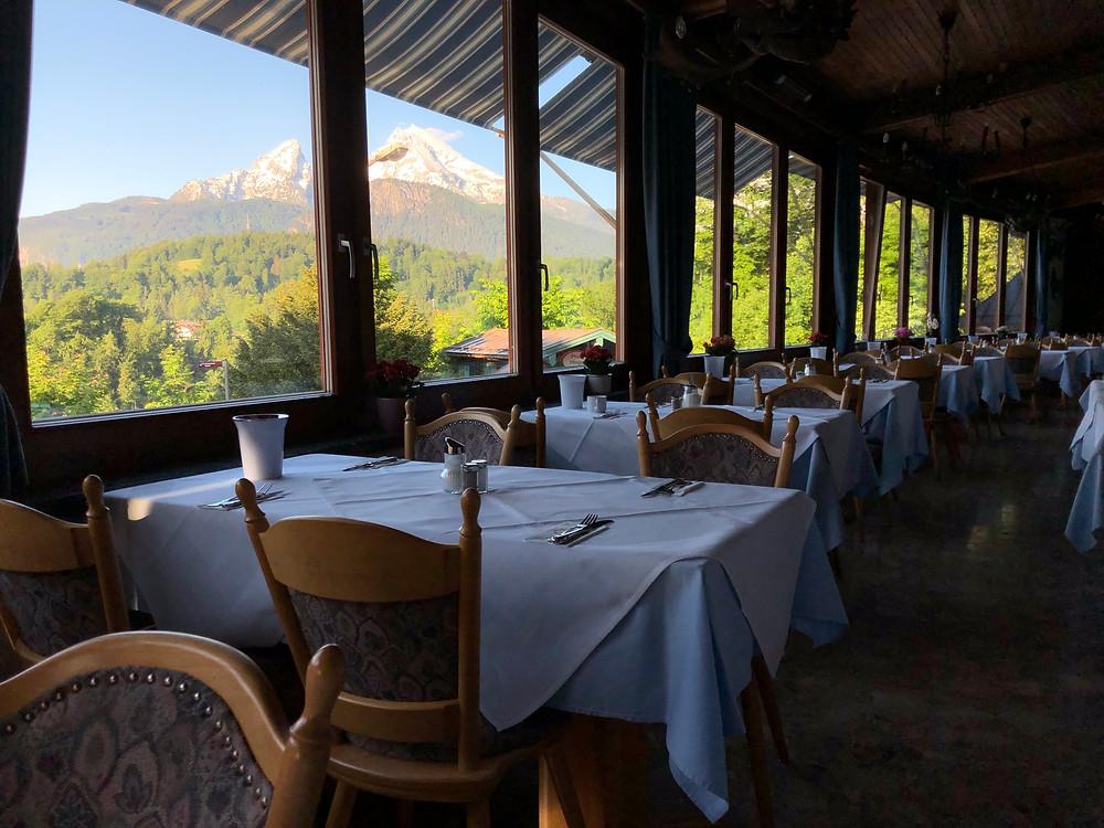 Watzmann Blick im Hotel Vier Jahreszeiten in Berchtesgaden