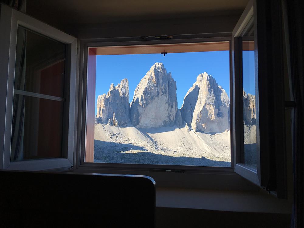 Blick aus dem Fenster der Dreizinnenhütte