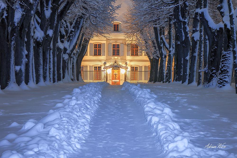 Schnee beim Schloss Ebenrain in Sissach