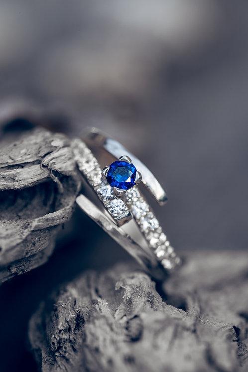 Eleonora (Saffier, diamant en 18K wit goud)