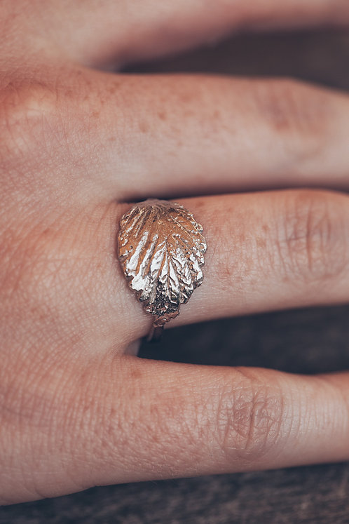 Foglia ring