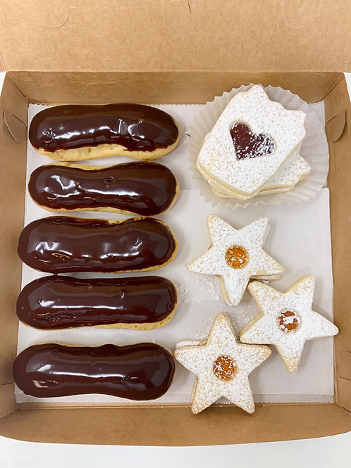 Eclair and Linzer Combo Box