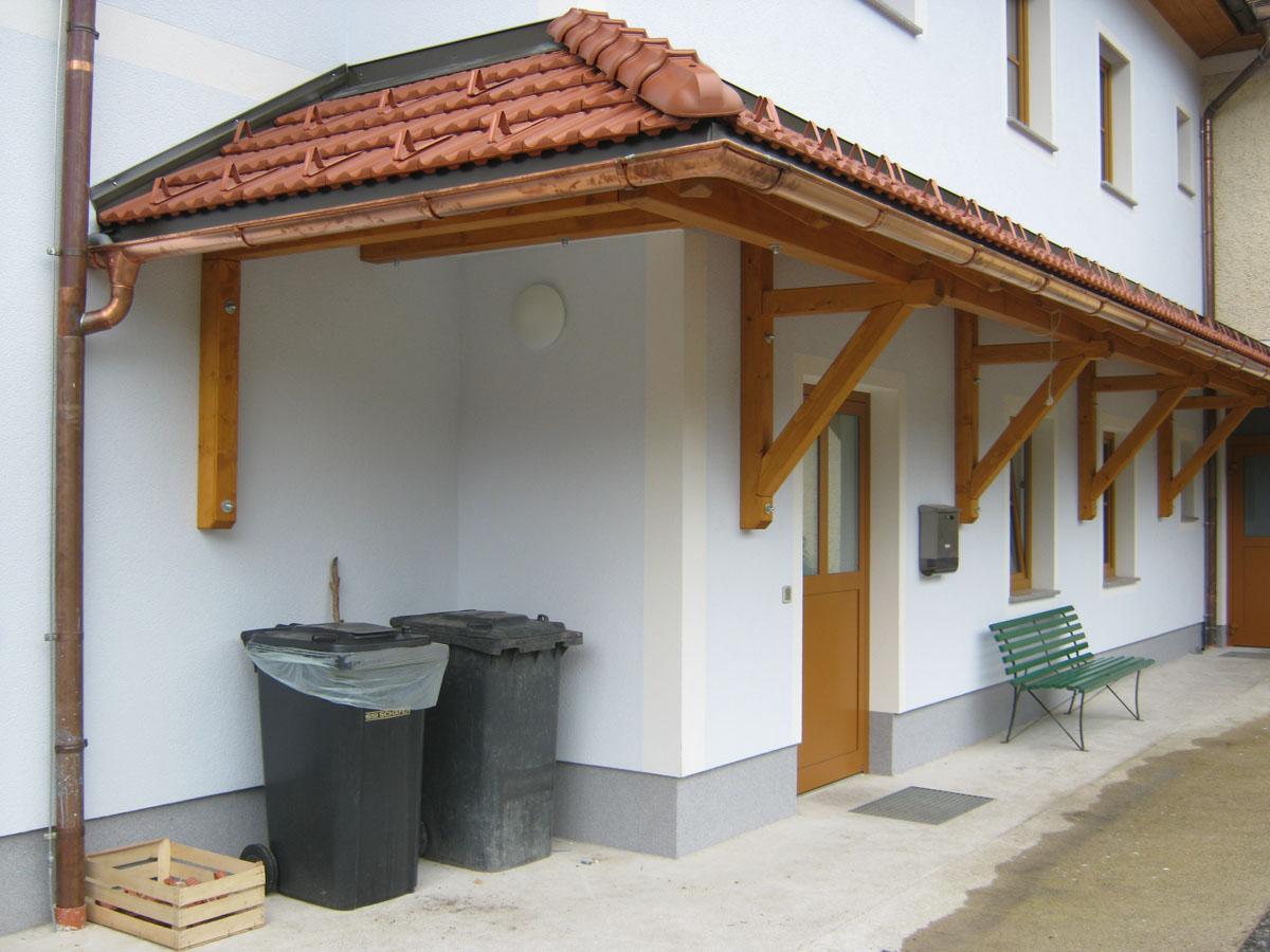 Vordach (2).JPG
