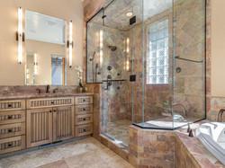 239 E Jeffrey Pine Rd steam shower