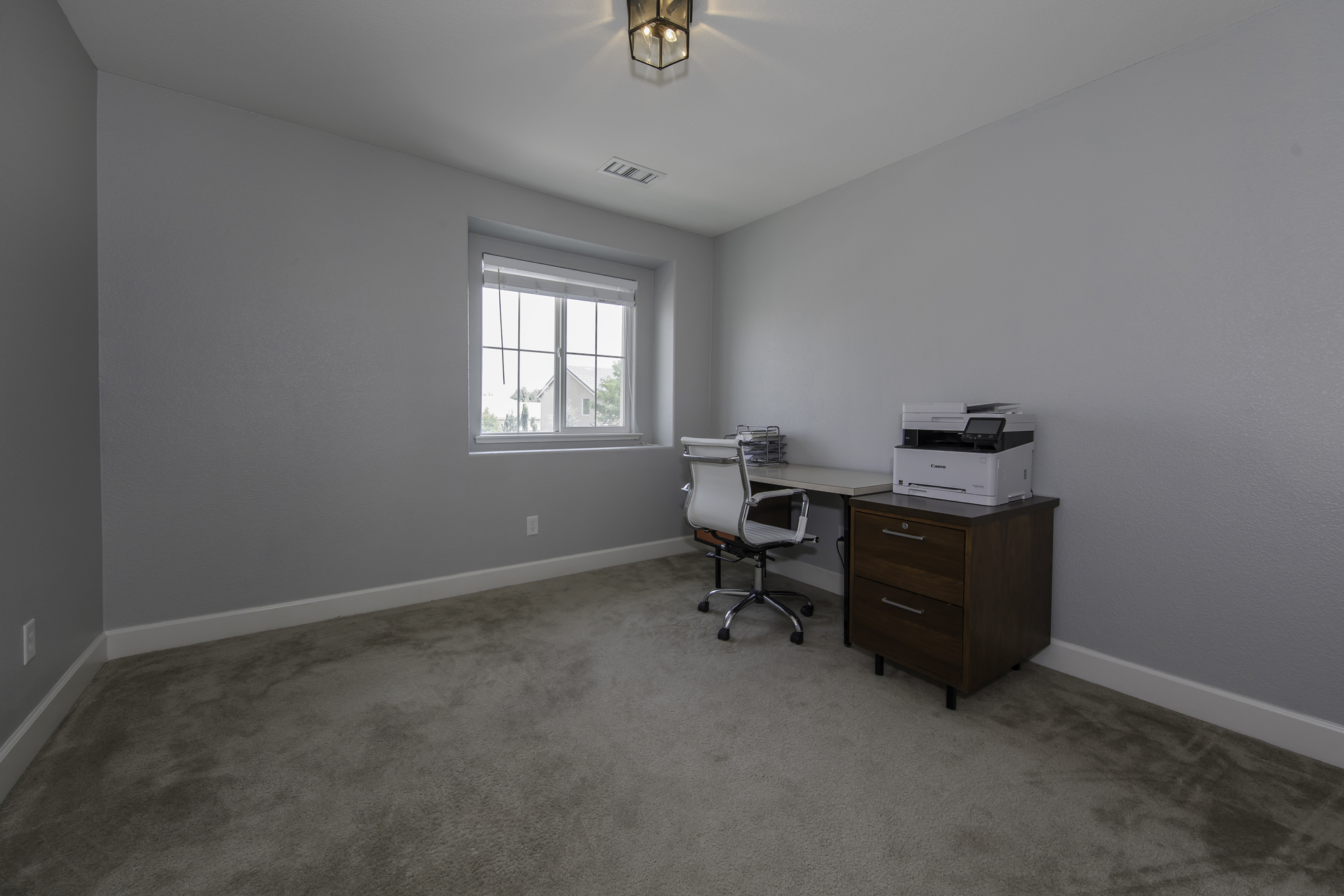 VerazaeDr11305-Office