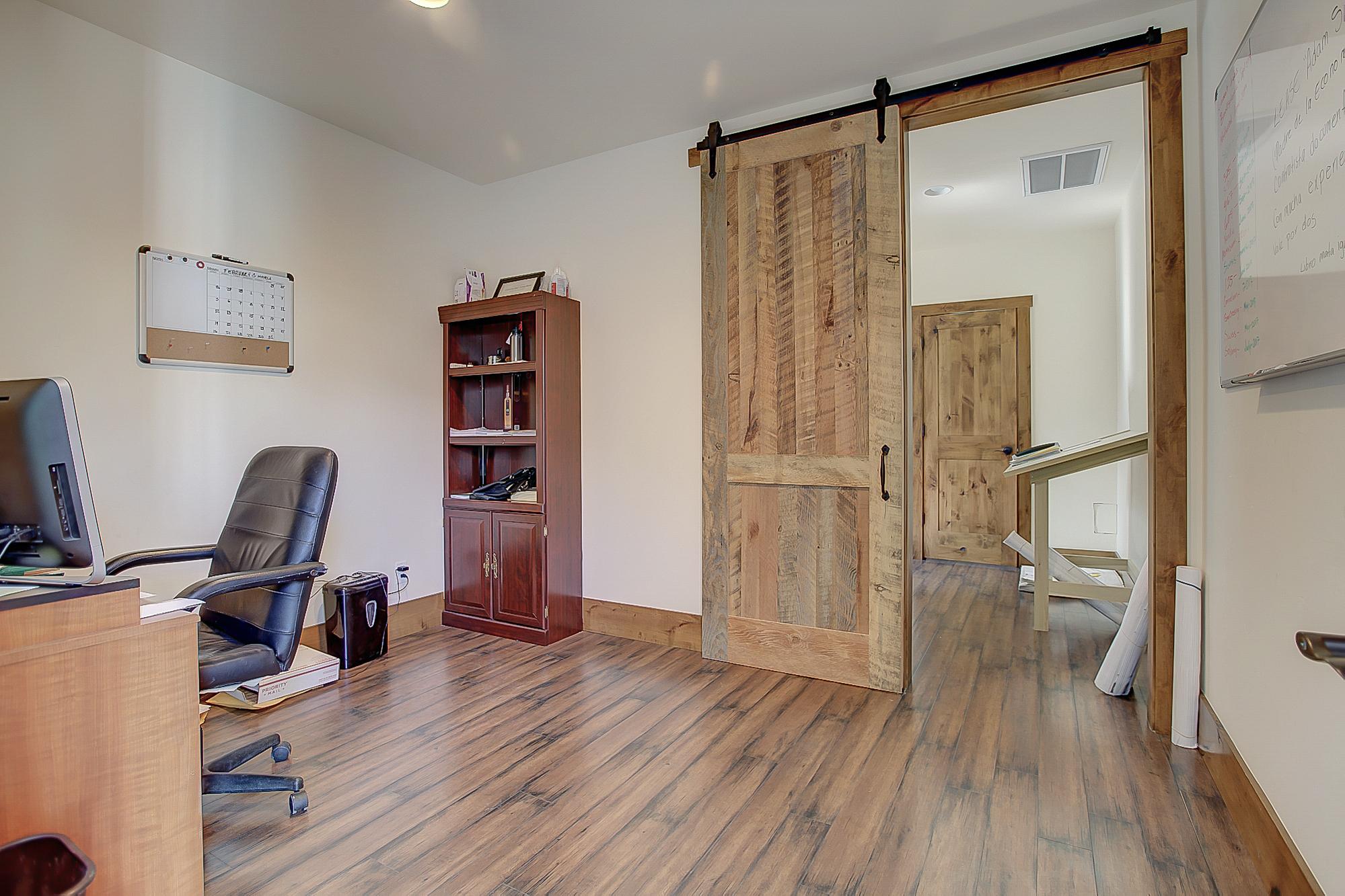 W7thSt3830-Office