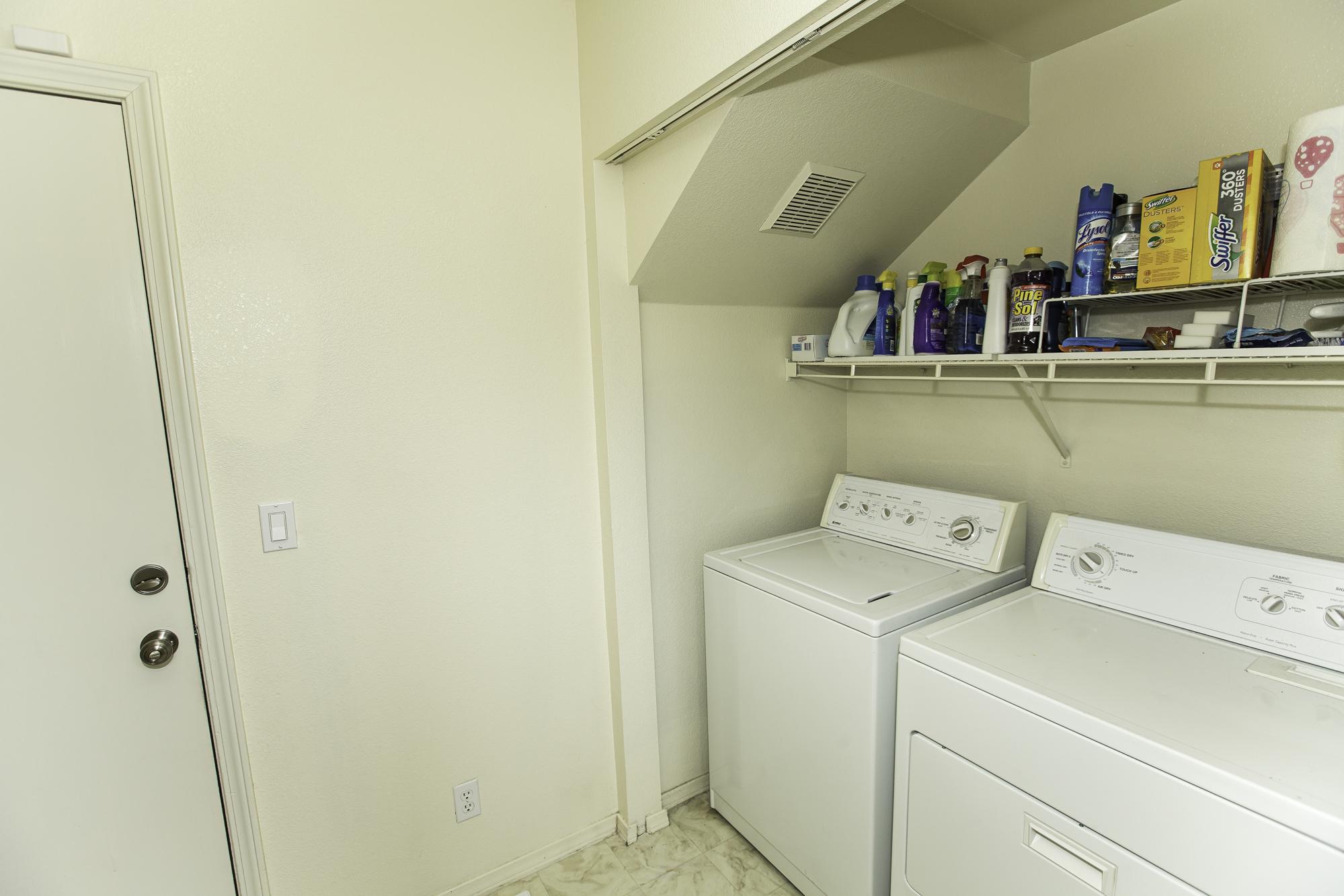 BackerWy1458-Laundry