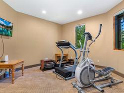 239 E Jeffrey Pine Rd Workout Room