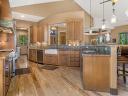 239 E Jeffrey Pine Rd kitchen