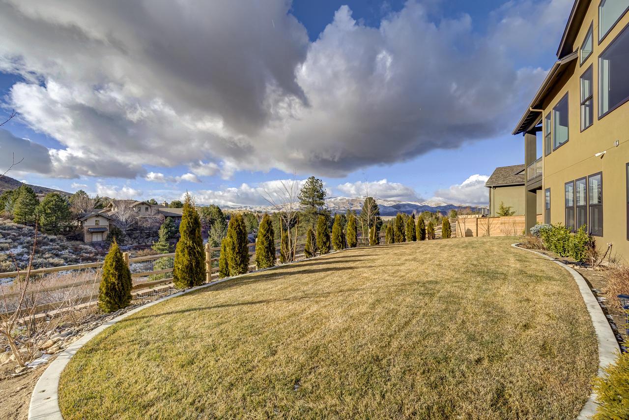 4101 Whispering Pine Way Reno-059-038-41